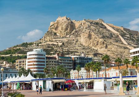 santa barbara: Alicante, Spain - SEPTEMBER 2015: View to Santa Barbara Mountain Castle