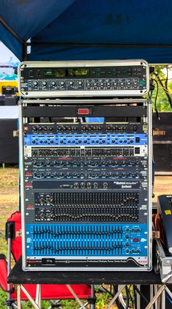 Box mixer for control sound on stage