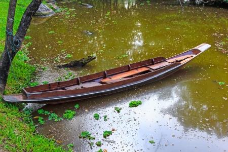 ahogarse: Bote de remos que se ahoga la gente esta �rea no est� interesado Foto de archivo