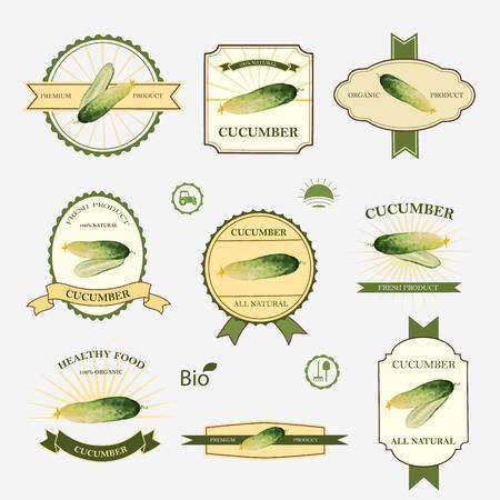 saludable logo: Pepino, conjunto de diseño y plantillas de etiqueta, ilustración vectorial.