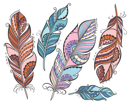 Vector set of ethnic colored feathers on  white background. Vettoriali