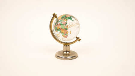 Glass globe on a white background. Transparent sphere, continents. Africa, Madagascar, Indian and Atlantic Ocean 免版税图像