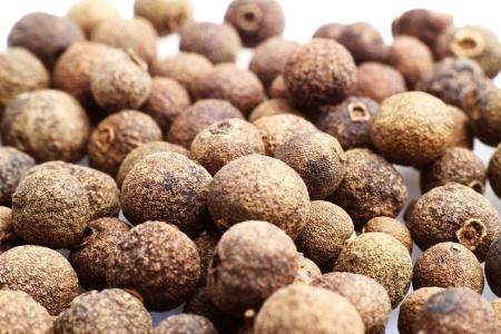 allspice: Allspice grains background