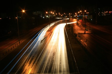 homályos mozgás: Blurred Motion of Car Lights on Highway at Night