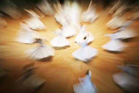verdunkeln: Mevlana Derwische Tanz in Museums, konya