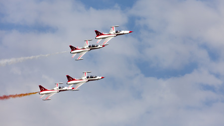 konya: Turkish Air Force aerobatic demonstration team Turkish Stars are flying on the sky which called for 14 August 2014. Let me show Karaaslan in the city of Konya in the park.