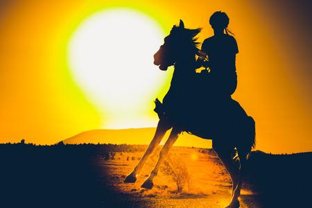 Traje de los turcos y equitación
