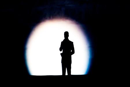 presenting speakers shadow