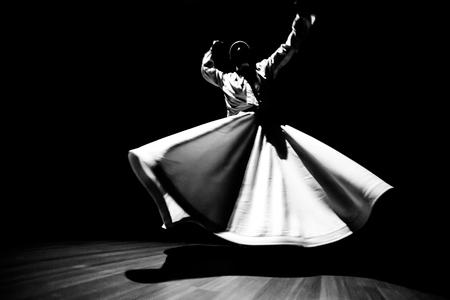 暗闇の中で旋舞教団のイメージ 写真素材