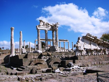 Turkey,Pergama,Acropolis-temple of Trayan