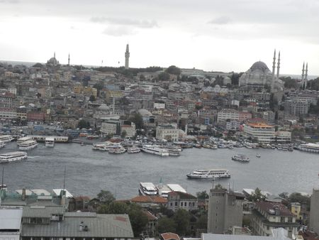 suleymaniye: Golden Horn in Istanbul. At the bottom is visible Suleymaniye Mosque and the Tower of Bayazid.
