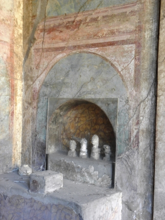 niches: Altars and prayer niches in the ancient city of Pompeii preserved after the eruption of Vesuvius