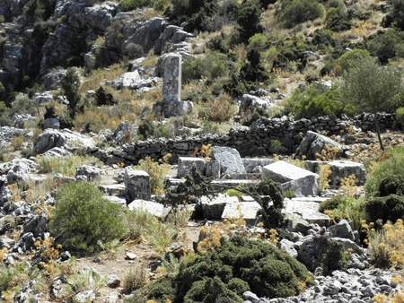 Look at the eastern necropolis of ancient Sidyma.