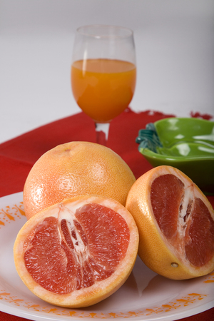 Sliced oranges with juice