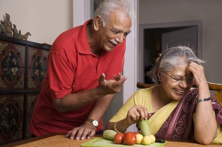笑って老夫婦