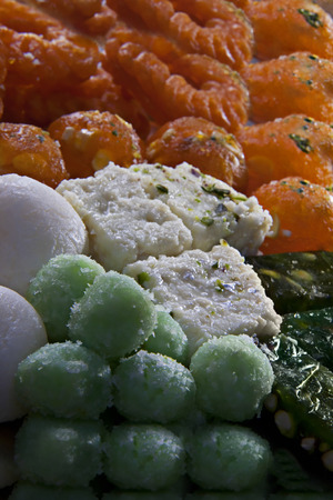 tricoloured: Different coloured sweets