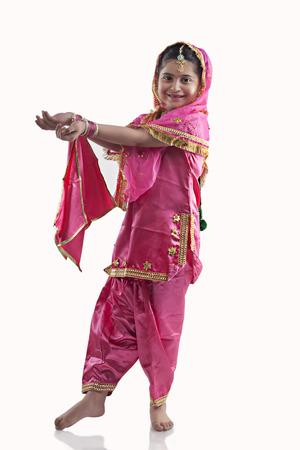 punjab: Sikh girl dancing