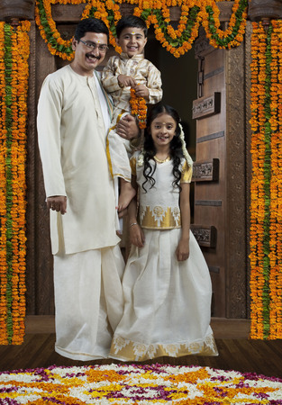 gajra: Portrait of a South Indian family