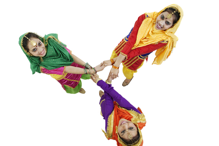 annual ring annual ring: Sikh women dancing