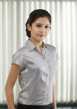 25 30: Portrait of a businesswoman