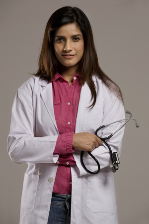 25 30: Portrait of a female doctor