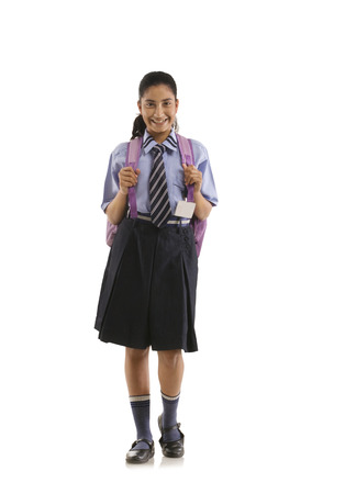 笑みを浮かべて学校の女の子の肖像画