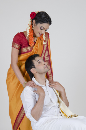 gajra: South Indian couple