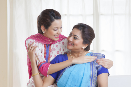 kameez: Mother and daughter smiling