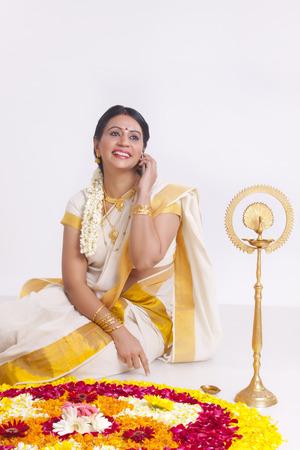 clase media: Retrato de una mujer india del sur