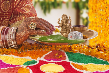 religious clothing: Close-up of a Brides hand performing a ritual