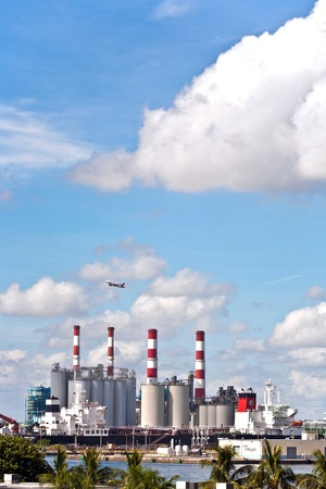 sunshine state: power plant in Fort Lauderdale, USA