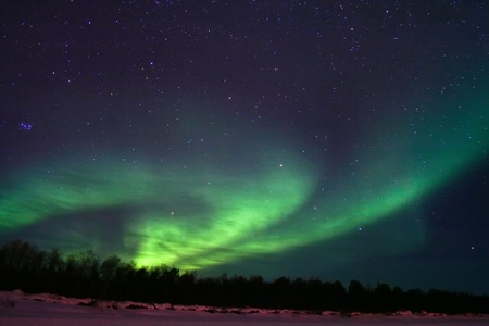 ionosphere: Northern lights (aurora borealis) display near Kaamanen, Finland
