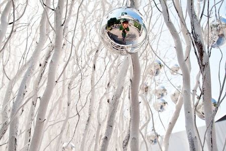 chrismas: christmas tree balls and mirroring of father and sun with fun