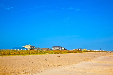 outer banks: beautiful wooden houses at the empty beach in the Outer banks in America Stock Photo