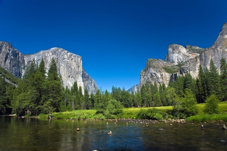 view to western rocket plateau of yosemite national park seen from beautiful Merced river Stock Photo - 9392656