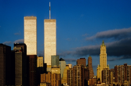 twin towers in New York in sunset 스톡 콘텐츠