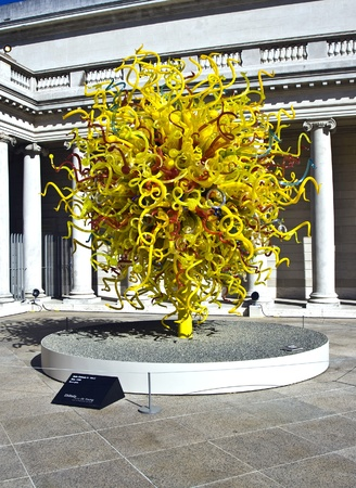 chihuly: SAN FRANZISCO, USA - JULY 23: sun at Dale Chihulys  glass Art sculpture at the Legion of honor on  July, 23, 2008