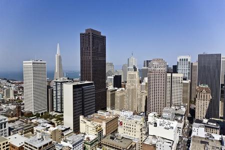 샌프란시스코: SAN FRANCISCO, USA - JULY 07: view from the rooftop to the city of San Francisco on July, 07,2008, San Francisco, USA