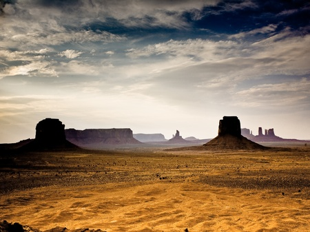 western united states: sunset inMonument Valley in Arizona, seen from the gigantic Stone figures from Artists point Stock Photo