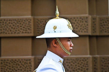grand pa: BANGKOK, THAILAND, DECEMBER 12: Parade of the kings Guards in the Grand Palace, Portrait of a guard on December 12, 2007, Bangkok, Thailand Editorial