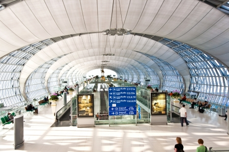 departure Gate and hall in the new Airport Suvarnabhumi in Bangkok Stock Photo - 10009137