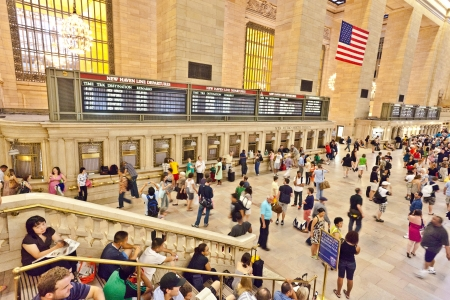 NEW YORK CITY- JULY 10 :  view of commuters and tourists flood the grand central station during the afternoon rush hour July 10, 2010 in New York. Stock Photo - 10666710