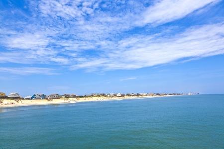 nags: playa con caba�as en Nags Head, en los Outer Banks