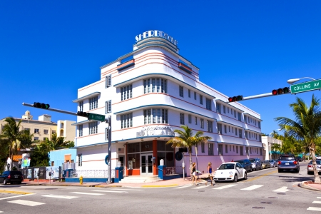 artdeco: MIAMI BEACH, USA - AUGUST 02: midday view at Ocean drive on August 02,2010 in Miami Beach, Florida. Art Deco architecture in South Beach is one of the main tourist attractions in Miami. Editorial