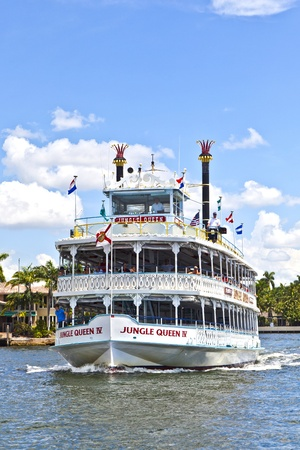 FORT LAUDERDALE, FL- AUGUST 1: Cruise with jungle queen riverboat  on August 01, 2010 in Fort Lauderdale, Florida. The jungle Queen is 65 years  and has transported so far 4 Million passengers.