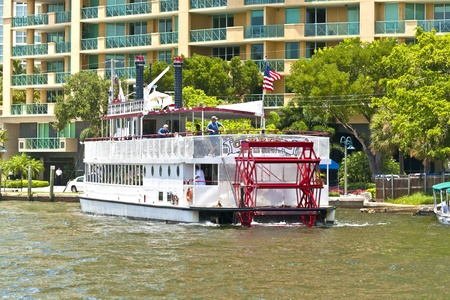FORT LAUDERDALE, FL- AUG 1: Cruise with Carrie B paddlewheel riverboat  on August 01, 2010 in Fort Lauderdale, Florida. 