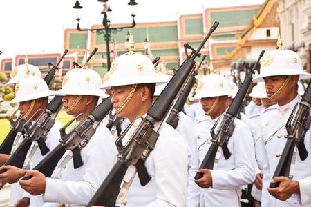 grand pa: Bangkok, Thailand, Grand Palace - January 5, 2010: Parade of the kings Guards, in the Grand Palace, Changing the Guard