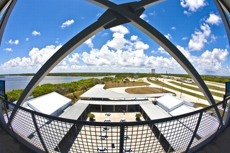 ORLANDO, USA - JULY 25: view from the observation tower to the Main essembly building at Kennedy space center on July 25, 2010 in Orlando, USA. The Center is open for public. Stock Photo - 10950299