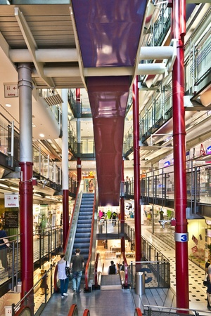 insolvent: FRANKFURT, GERMANY - AUGUST 21: Inside the Zeilgalerie on August 21,2010 in Frankfurt, Germany. The Zeilgalerie opened in 1992 and was managed by Juergen Schneider who went insolvent.
