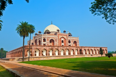 monument in india: India, Delhi, Humayuns Tomb, built by Hamida Banu Begun in 1565-72 A.D. the earliest example of Persian influence in Indian architecture Stock Photo